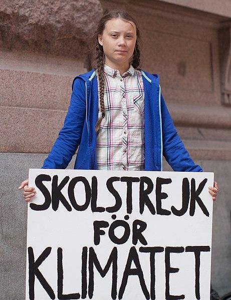Greta Thunberg ja ilmastolakkokyltti