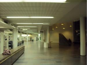 Aamulla 7:30 Joensuun päärakennuksen, Carelian aula näytti vielä melko hiljaiselta...