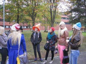 Syksyn 2012 psykan ja kemian opiskelijoiden fuksiaisissa teemana olivat rumat hatut.