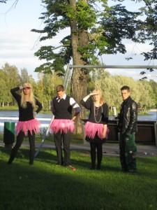 Kaupunkisuunnistuksessa joukkueemme Psykan Blondit pääsi mittelemään erilaisissa leikkimielisissä kilpailuissa.