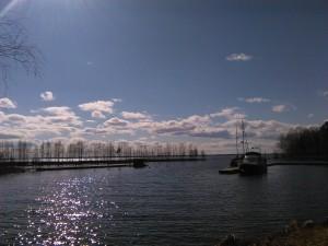 Joensuun keskustasta järven rannallekaan ei mene kuin hujaus.