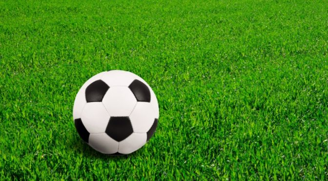 Kaksi uraa – tavoitteena jalkapalloileva lääkäri
